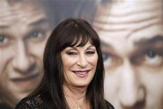 "<p>Cast member Anjelica Huston arrives for the premiere of the film ""50/50"" in New York September 26, 2011. REUTERS/Lucas Jackson</p>"