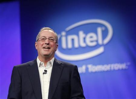 Intel CEO Paul Otellini speaks during his keynote address at the Intel Developers Forum in San Francisco, California September 13, 2011. REUTERS/Robert Galbraith