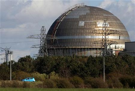 A car passes the Sellafield nuclear reprocessing site near Seascale in Cumbria in this April 12, 2011 file photograph. REUTERS/David Moir/Files