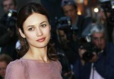 <p>Ukrainian actress Olga Kurylenko arrives for the GQ Men of the Year 2010 Awards at the Royal Opera House in London September 7, 2010. REUTERS/Luke MacGregor</p>