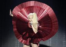 <p>Lady Gaga performs at the MTV Europe Music Awards show in Belfast November 6, 2011. REUTERS/Cathal McNaughton</p>