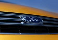 <p>Ford, qui a publié un bénéfice trimestriel inférieur aux attentes, à suivre sur les marchés américains. /Photo d'archives/REUTERS/Mike Blake</p>