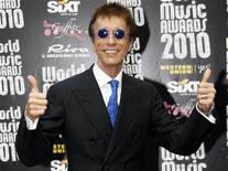 """<p>Imagen de archivo de Robin Gibb de los Bee Gees llega a los World Music Awards en Monte Carlo, 18 mayo, 2010. El cantante de los Bee Gees Robin Gibbs dijo el viernes que tuvo una recuperación """"espectacular"""" de una grave enfermedad, que muchos medios reportaron que era cáncer. REUTERS/Sebastien Nogier (MONACO - Tags: ENTERTAINMENT)</p>"""