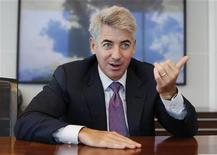 <p>Hedge fund manager William Ackman of Pershing Square Capital Management smiles during an interview in New York September 27, 2010. REUTERS/Shannon Stapleton</p>