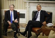 <p>El primer ministro de Israel, Benjamin Netanyahu (izquierda en la imagen), junto al mandatario de Estados Unidos, Barack Obama, durante una reunión en la Casa Blanca en Washington, mar 5 2012. El presidente de Estados Unidos, Barack Obama, instó el lunes a Benjamin Netanyahu a darle más tiempo a las sanciones que buscan frenar las ambiciones nucleares de Irán, pero el primer ministro israelí no dio señales de alejarse de la idea de una posible acción militar. REUTERS/Jason Reed</p>