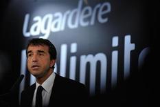 <p>Arnaud Lagardère, gérant commandité de Lagardère, a procédé à de nouvelles cessions d'actions du groupe de médias pour un peu plus de 1,7 millions d'euros, après avoir vendu récemment pour huit millions de titres. /Photo d'archives/REUTERS/Philippe Wojazer</p>