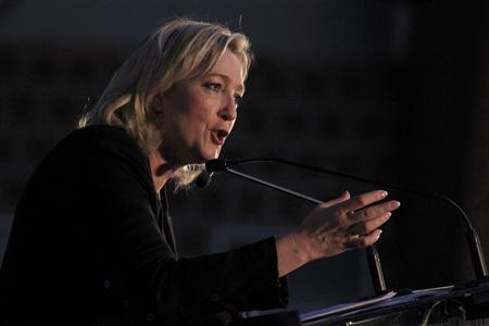Marine Le Pen, France's National Front party head and far right candidate for 2012 French presidential election, attends a campaign rally in Henin-Beaumont, April 15, 2012. REUTERS/Pascal Rossignol