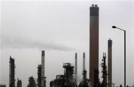 A general view shows the Coryton oil refinery in south-eastern England January 24, 2012. REUTERS/Stefan Wermuth