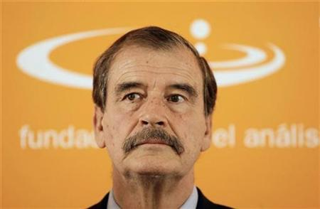 Former Mexican president Vicente Fox delivers a lecture at a political foundation in Madrid, October 6, 2008. REUTERS/Juan Medina