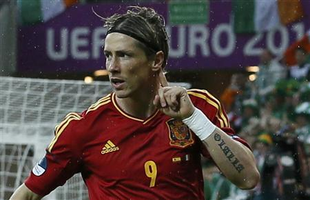 Spain's Fernando Torres celebrates after scoring a goal against Ireland during their Group C Euro 2012 soccer match at PGE Arena in Gdansk June 14, 2012. REUTERS/Pascal Lauener