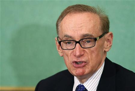 Australian Foreign Minister Bob Carr speaks at the Japan National Press Club in Tokyo May 18, 2012. REUTERS/Yuriko Nakao