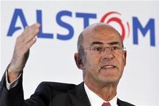 <p>Les marchés d'Alstom restent difficiles car les clients du groupe manquent de visibilité et de stabilité, juge Patrick Kron, le PDG du spécialiste des infrastructures d'énergie et de transport. /Photo prise le 4 mai 2012/REUTERS/Charles Platiau</p>