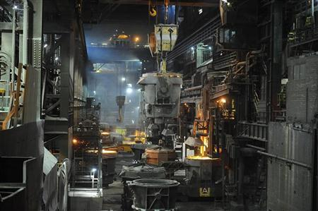 A ladle moves along the ladle bay at the SSI steel plant at Redcar, northern England May 29, 2012. REUTERS/Nigel Roddis
