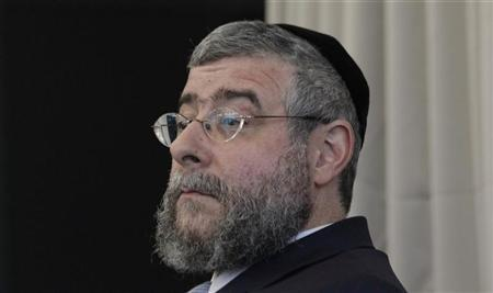 Head of the Conference of European Rabbis Pinchas Goldschmidt addresses a news conference after a meeting in Berlin July 12, 2012. REUTERS/Tobias Schwarz