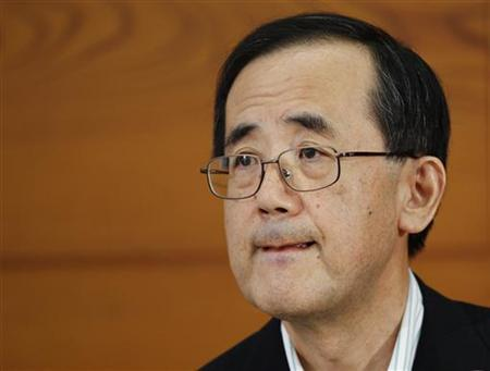 Bank of Japan Governor Masaaki Shirakawa listens to a reporter's question during a news conference in Tokyo June 15, 2012. REUTERS/Yuriko Nakao