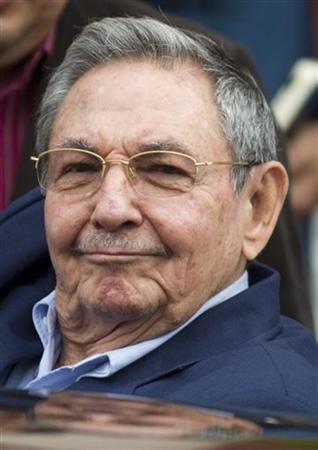 Cubano Raúl Castro dice está listo para diálogo con EEUU