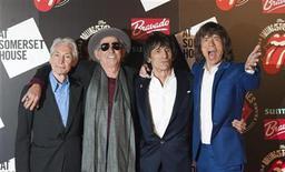 """<p>Foto de archivo de los integrantes de la mítica banda inglesa The Rolling Stones (Charlie Watts, Keith Richards, Ronnie Wood y Mick Jagger) a su llegada a la apertura de la exhibición """"Rolling Stones: 50"""" en Somerset House, Londres. Jul 12, 2012. REUTERS/Ki Price</p>"""