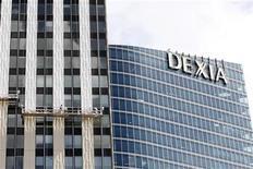 <p>Dexia a cédé pour 730 millions d'euros sa filiale Banque Internationale à Luxembourg à Precision Capital, une holding appartenant à la famille Al Thani du Qatar et au Grand-Duché de Luxembourg. /Photo prise le 7 août 2012/REUTERS/Jacky Naegelen</p>