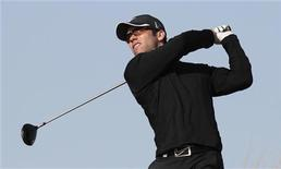 <p>L'ancien numéro trois mondial de golf Paul Casey s'est fait subtiliser sa balle par un chien vendredi alors qu'il s'apprêtait à réaliser un eagle au 12e trou sur le gazon du Dunhill Links Championship en Ecosse. /Photo d'archives/REUTERS/Fadi Al-Assaad</p>