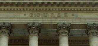 <p>Les Bourses européennes maintiennent leur orientation positive à mi-séance mardi, aidées par des indicateurs favorables et une hausse des futures à Wall Street. Le CAC 40 progresse de 0,54% vers 12h40. /Photo d'archives/REUTERS</p>