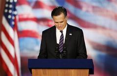 <p>Le candidat républicain à la Maison blanche a reconnu tôt mercredi sa défaite à l'élection présidentielle américaine face au président sortant Barack Obama qui obtient un second mandat à la tête de l'Etat. /Photo prise le 7 novembre 2012/REUTERS/Mike Segar</p>