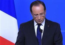 """<p>François Hollande a adressé mercredi ses félicitations à Barack Obama pour sa réélection, saluant """"un moment important"""" pour les Etats-Unis et le monde. /Photo prise le 19 octobre 2012/REUTERS/Yves Herman</p>"""