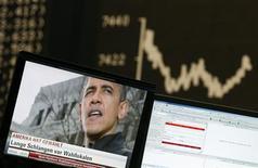 <p>Les Bourses européennes restent orientées à la hausse mercredi à mi-séance, la réélection de Barack Obama à la présidence des Etats-Unis ouvrant la voie à de nouvelles mesures d'assouplissement monétaire de la Réserve fédérale. À Francfort, le Dax prend 0,4% vers 11h50 GMT. À Paris, le CAC 40 gagne 0,55% à 3.497,63 points et à Londres, le FTSE avance de 0,32%. /Photo prise le 7 novembre 2012/REUTERS/Lisi Niesner</p>