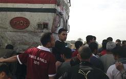 <p>Quarante-neuf personnes, dont 47 enfants, sont mortes samedi en Egypte dans une collision entre un autocar scolaire et un train près d'Assiout, au sud du Caire. /Photo prise le 17 novembre 2012/REUTERS</p>