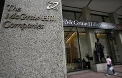 <p>Le groupe d'édition McGraw-Hill Companies va vendre ses activités d'éducation au fonds Apollo Global Management pour 2,5 milliards de dollars (1,9 milliard d'euros). /Photo d'archives/REUTERS/Brendan McDermid</p>