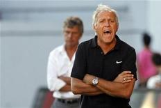 <p>L'entraîneur de Montpellier René Girard a décidé de préserver le milieu offensif Younès Belhanda et l'attaquant Gaëtan Charbonnier, très sollicité depuis quelques semaines, pour son quart de finale de Coupe de la Ligue face à Nice. /Photo d'archives/REUTERS/Stéphane Mahé</p>