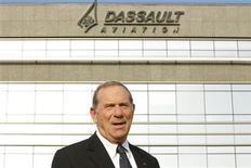 """<p>Charles Edelstenne, PDG de Dassault Aviation. Lors d'une audition à l'Assemblée nationale, Charles Edelstenne a également évoqué pour la première fois publiquement un """"éventuel changement de gouvernance"""" au sein de l'équipementier Thales, dont l'avionneur est le premier actionnaire privé. /Photo prise le 22 mars 2012/REUTERS/Benoît Tessier</p>"""