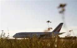 <p>Air France-KLM a annoncé vendredi une hausse de 2,2% de son trafic passagers en novembre, porté par le dynamisme de l'Europe et de l'Asie. /Photo d'archives/REUTERS/Christian Charisius</p>