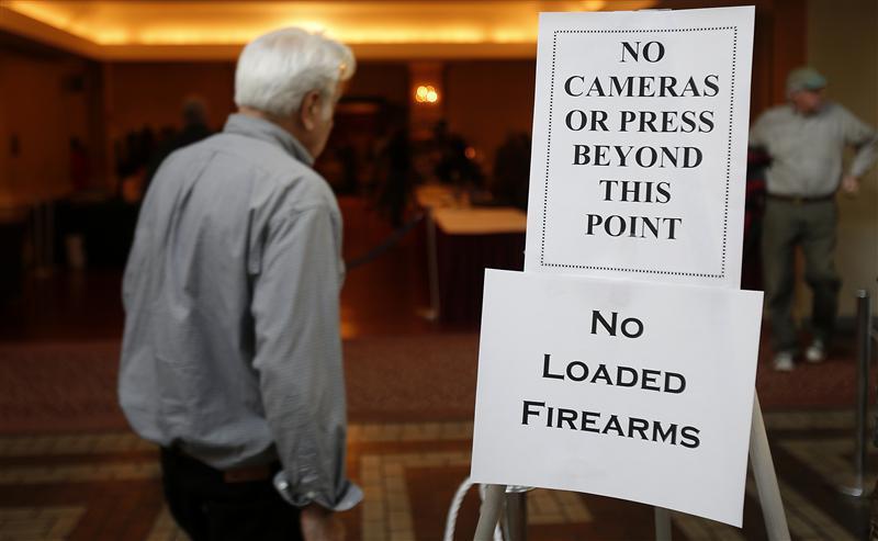 Connecticut gun show