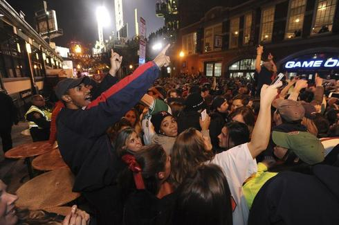 Red Sox fans celebrate