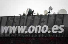 Vodafone va racheter le câblo-opérateur espagnol Ono pour 7,2 milliards d'euros, selon une source proche du dossier. Une annonce sera faite ce lundi. /Photo prise le 12 février 2014/REUTERS/Sergio Perez