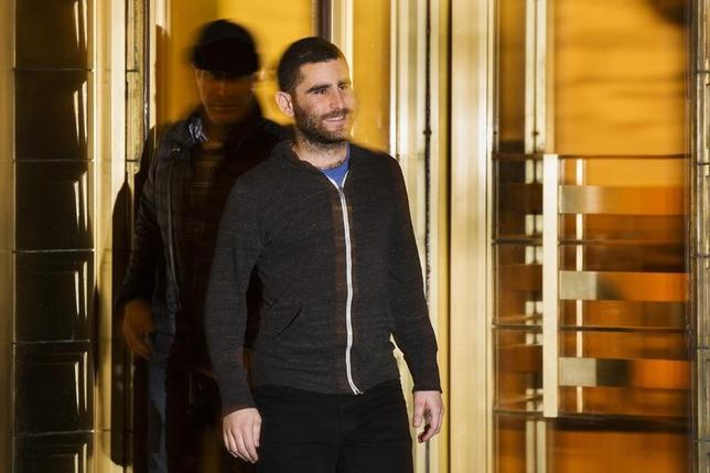 Bitcoin Foundation Vice Chairman Charlie Shrem exits the Manhattan Federal Courthouse in New York January 27, 2014. REUTERS/Lucas Jackson/Files