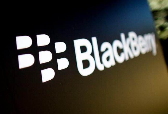 A Blackberry logo is seen at the Blackberry campus in Waterloo, in this September 23, 2013, file photo. REUTERS/Mark Blinch/Files