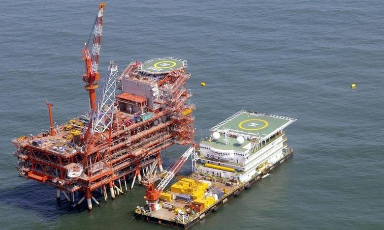 Reliance Industries KG-D6's control and raiser platform is seen off the Bay of Bengal in this undated handout photo. REUTERS/Reliance Industries/Handout