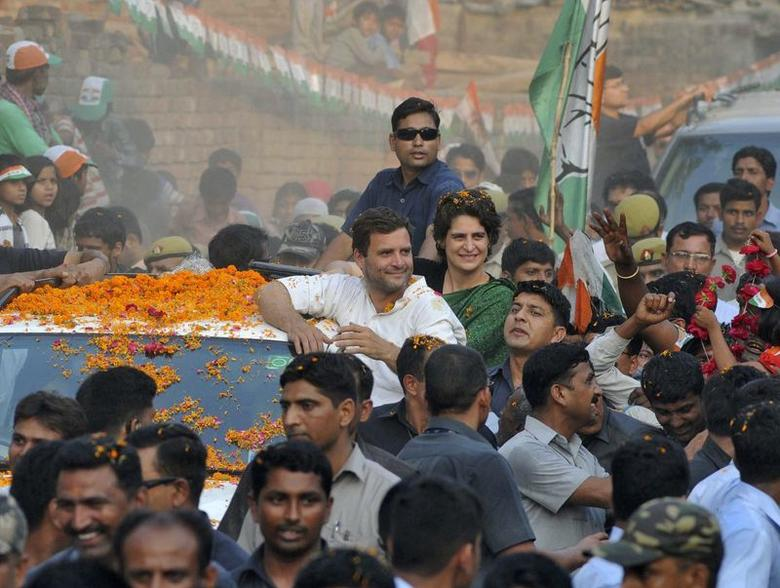 Rahul Gandhi (in white), Congress party vice president, and his sister Priyanka Gandhi Vadra attend an election campaign rally in Amethi, in Uttar Pradesh May 4, 2014. REUTERS/Stringer