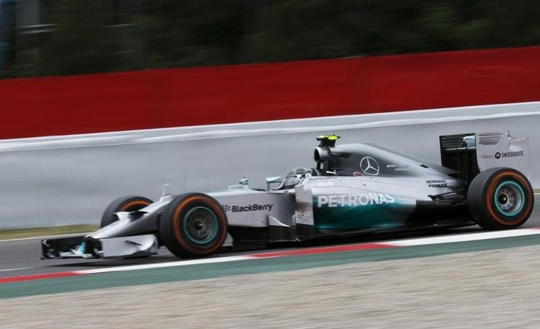 Mercedes Formula One driver Nico Rosberg of Germany drives during the Spanish F1 Grand Prix at the Barcelona-Catalunya Circuit in Montmelo, May 11, 2014.       REUTERS/Juan Medina