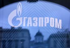 Le géant gazier russe Gazprom prépare une cotation en Bourse de Singapour en juillet, selon une information publiée jeudi par l'agence de presse Interfa. /Photo d'archies/REUTERS/Alexander Demianchuk