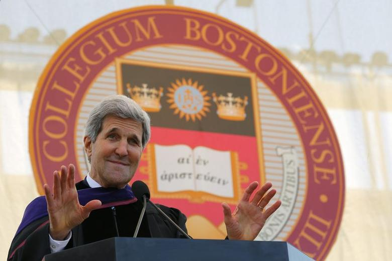 U.S. Secretary of State John Kerry delivers the Commencement Address after receiving an honorary Doctor of Laws degree during Commencement Exercises at Boston College in Boston, Massachusetts May 19, 2014. REUTERS/Brian Snyder