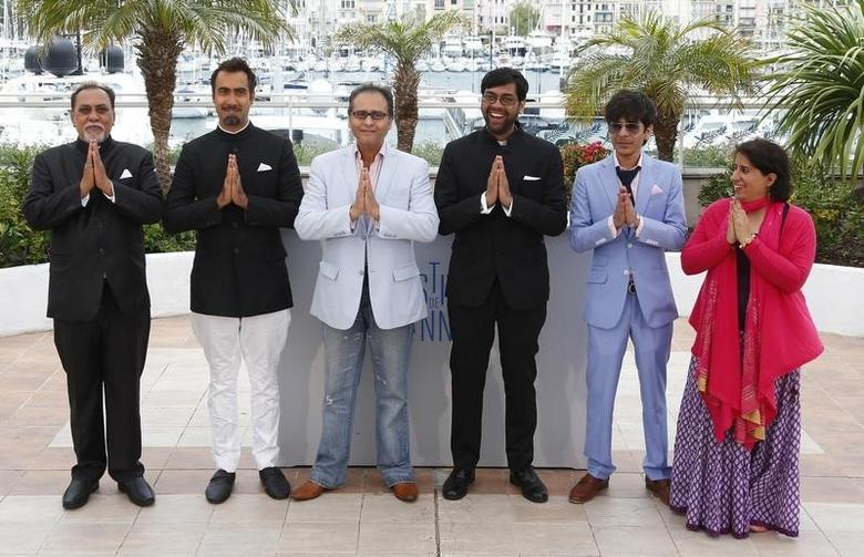 (L-R) Cast members Lalit Behl, Ranvir Shorey, Dibakar Banerjee, Indian director Kanu Behl, Shashank Arora and producer Guneet Monga pose during a photocall for the film ''Titli''  in competition for the category ''Un Certain Regard'' at the 67th Cannes Film Festival in Cannes May 19, 2014.  REUTERS/Yves Herman