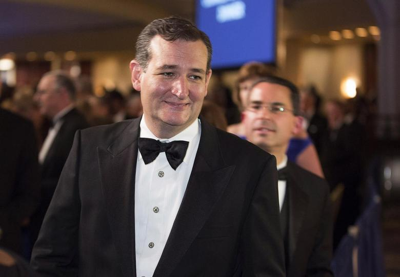 Senator Ted Cruz (R-TX) walks during the White House Correspondents' Association Dinner in Washington May 3, 2014. REUTERS/Joshua Roberts