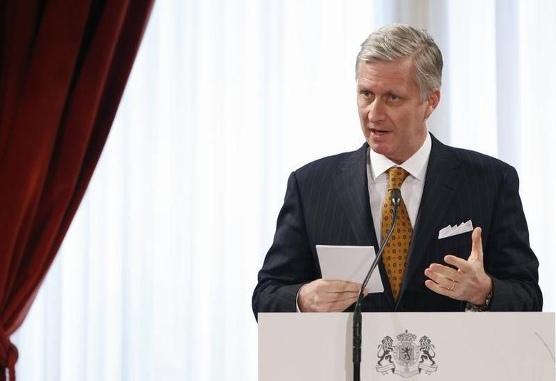 Belgium's King Philippe delivers a speech during a traditional new year reception for international institutions' representatives, government members and business leaders at the Brussels Royal Palace January 29, 2014. REUTERS/Francois Lenoir