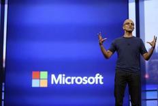 Satya Nadella, directeur général de Microsoft. Le numéro un mondial des logiciels a dévoilé pour la première fois aux Etats-Unis mardi une version expérimentale de son nouveau service de traduction orale en temps réel, appelé Skype Translator. /Photo prise le 2 avril 2014/REUTERS/Robert Galbraith