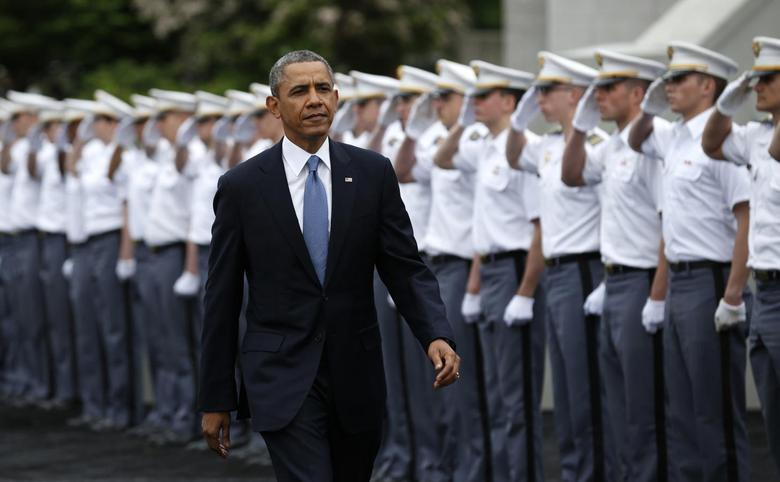 U.S. President Barack Obama arrives for a commencement ceremony at the United States Military Academy at West Point, New York, May 28, 2014. REUTERS/Kevin Lamarque