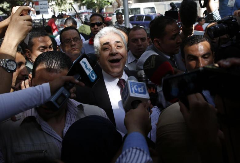 Presidential candidate Hamdeen Sabahi waits to cast his vote during the presidential election in Cairo, May 26, 2014. REUTERS/Steve Crisp