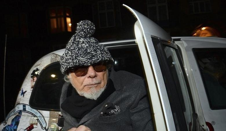 Former British pop star Gary Glitter returns to his home in London October 28, 2012.  REUTERS/Paul Hackett