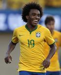 Willian comemora gol marcado em amistoso contra o Panamá, em Goiânia, em foto de arquivo de 3 de junho.  REUTERS/Ueslei Marcelino